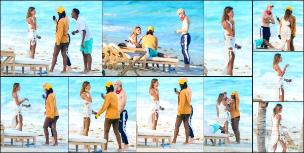 - 12/08/16 - Notre belle Hailey Baldwin était avec des amis sur la plage dans les Îles Turques-et-Caïques Le 10/08, Hailey à passé la journée avec plusieurs amis pour l'occasion l'anniversaire de Kylie Jenner. Hailey était avec Justine Skye et Harry Hudson !   -