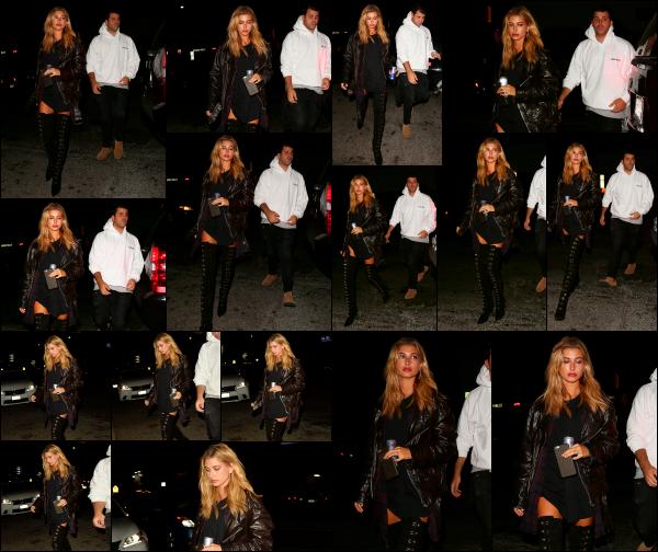 - 02/09/16 - Hailey Baldwin est aperçue ce soir là alors qu'elle arrivait au « The Nice Guy » -  Los Angeles ! Hailey avait une tenue totalement noire, autant les chaussures que la veste. Elle était également en compagnie de l'un de ses amis. C'est un beau top.  -