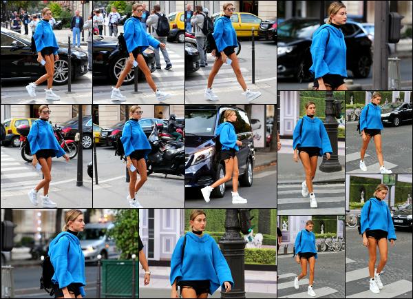 - 20/09/16 - La belle Hailey Baldwin est aperçue alors qu'elle se baladait tranquillement dans les rues - ParisHailey avait une tenue un peu spéciale, je trouve que le pull ne va pas vraiment avec le short qu'elle porte... Ca reste une jolie sortie, c'est un beau top.   -