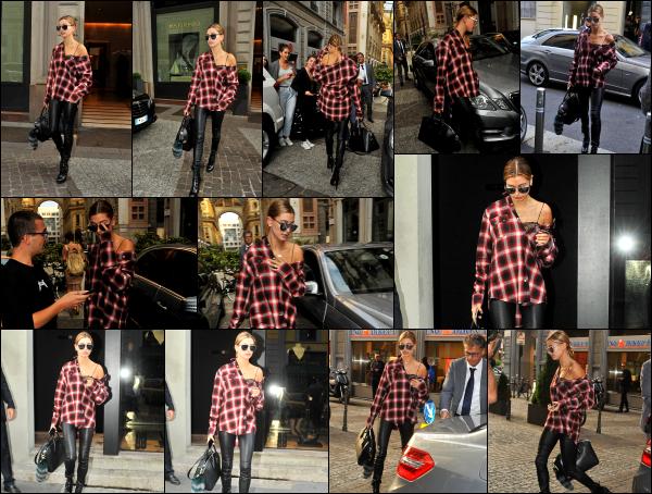 - 23/09/16 - La belle Hailey Baldwin est aperçue alors qu'elle quittait son hôtel pour aller se balader - Milan !Hailey s'est accordé un peu de temps pour aller faire du shopping dans la ville de Milan en Italie. Quelques fans ont eu la chance de la rencontrer.  Un top.  -