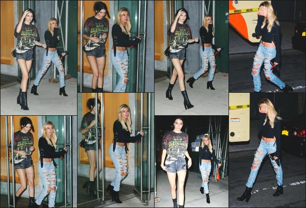 - 08.07.16 ─ Hailey Baldwin est photographiée alors qu'elle quittait l'appartement de son amie Kendall à New York [/s#00000ize]Les deux filles sont sorties ce soir là pour aller voir le concert de Demi Lovato et Nick Jonas « Future Now Tour » ! J'aime beaucoup sa tenue. Un top !!  -