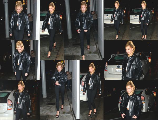 - 19.01.17 ─ Notre belle Hailey Baldwin est photographiée alors qu'elle arrivait au « Catch LA » à West Hollywood ! [/s#00000ize]Un peu plus tard dans la soirée, c'est en quittant « Catch LA » que nous la retrouvons à nouveau accompagné de l'un de ses amis ! J'aime bien sa tenue. -