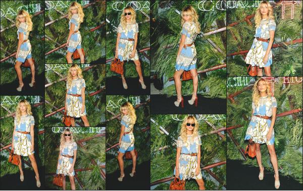 - 22.06.16 ─ Hail Baldwin était présente au « Coach And Friends Of The High Line Summer Party » dans New York ![/s#00000ize]Hailey portait une jolie robe plutôt colorés qui lui va assez bien même si ce n'est pas vraiment mon style au niveau des couleurs. C'est donc un beau top !  -