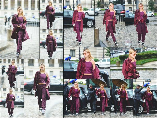 - 04.03.17 ─ Hails Baldwin est photographiée alors qu'elle arrivait au défilé pour la marque « Elie Saab » dans Paris[/s#00000ize]Hailey défilera quelques heures après pour Elie Saab ! Je n'aime pas trop la tenue qu'elle portait ce jour là. Un peu trop de violet à mon gout. Des avis ?!  -