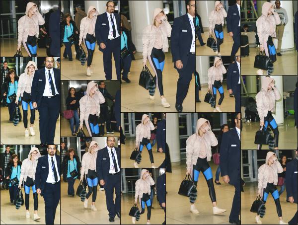 - 25.03.17 ─ Notre belle Hailey Baldwin  est photographiée alors qu'elle quittait l'aéroport « JFK » dans New York ! [/s#00000ize]Hailey donc à présent à New York ! Quelques jours avant, des photos du magazine Inprint sont sorties ! Je trouve les clichés vraiment très réussi. Un top.    -