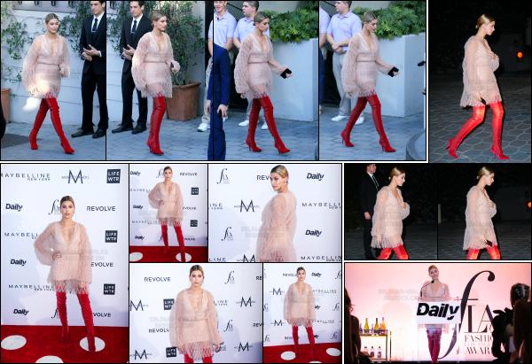 - 02.04.17 ─ Notre Hailey  était  au « Daily Front Row's 3rd Annual Fashion Los Angeles Awards » à West Hollywood ![/s#00000ize]Hailey assistait a cet évènement et a également remis un prix sur scène. J'aime pas du tout la tenue qu'elle portait lors de cette soirée malheureusement.   -