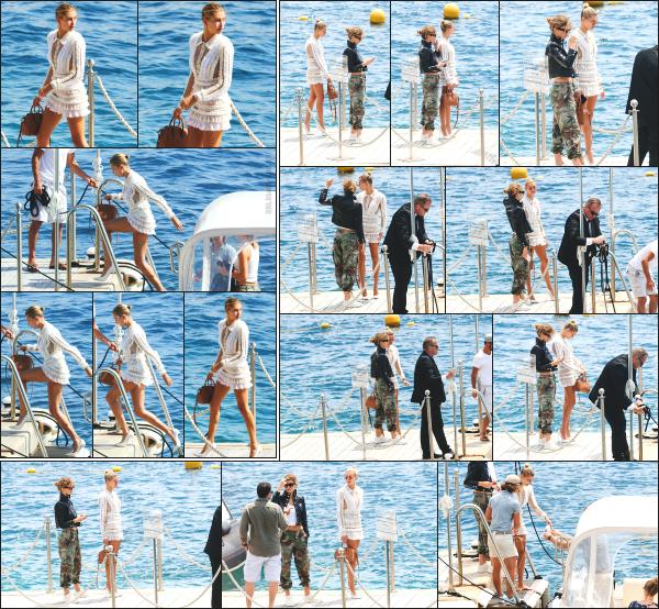 - 23.05.17 ─ Notre ravissante Hailey Baldwin  est photographiée, arrivant à l'hôtel « Eden Roc » à Cannes, en France[/s#00000ize]Un peu plus tard, nous l'avons aperçue alors qu'elle quittait ce même hôtel.  Elle était avec la belle Camila Morrone, qui lui ressemble d'ailleurs beaucoup !  -