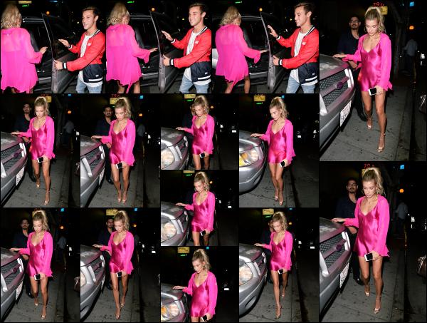 - 07.06.17 ─ Hailey Baldwin est photographiée, alors qu'elle quittait le restaurant « Delilah » dans West Hollywood.[/s#00000ize]Hailey était en compagnie de Cameron Dallas. Cela faisait quelques temps que nous les avions plus vu ensemble suite a tout ses déplacements. Beau top -