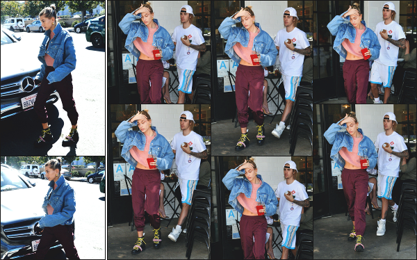 - 15.10.18 ─  Hailey' Baldwin est aperçue alors qu'elle rejoignait le restaurant  « Joan's On Third » dans Studio City ![/s#00000ize]Les deux amoureux ont ensuite été venue en quittant ce même lieu, peu de temps après y être entrée, avec bien sur une boisson à la main ! Petit flop !  -