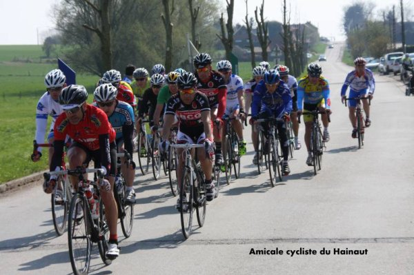 BrytonSport course CHAUSSEE-NOTRE-DAME 21/04/2013 peloton