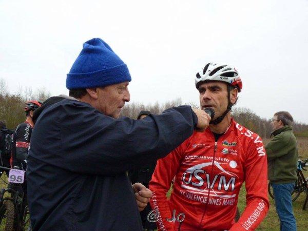 vtt ESCAUDAIN  13/12/2015 vétérans b victoire a l'arrache