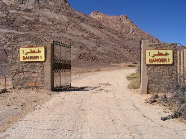 essai nucleaire algérien le cadeau empoisonné de la france