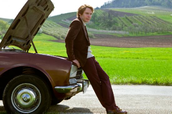 Salvatore Ferragamo Tenues Daniel Brühl Comme Niki Lauda Pour «Rush Film ' article aout 2013