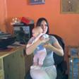 Virginie (ma nièce et sa petite fille Mérina)