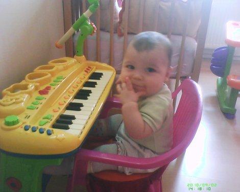 la musicienne lol