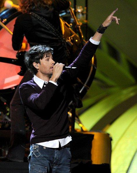 Enrique Iglesias Performs at O2 Arena 2011