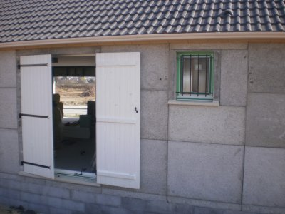 La porte fenetre maison phenix - Remplacer une fenetre par une porte fenetre ...