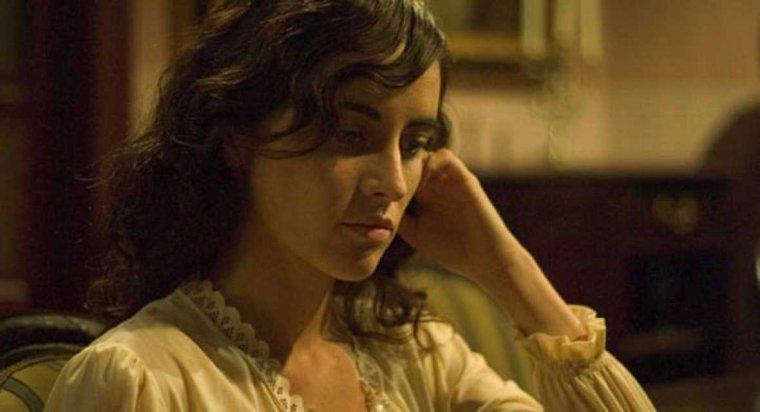 Primera temporada o Andrea Robles Castillo (Ana Turpin)