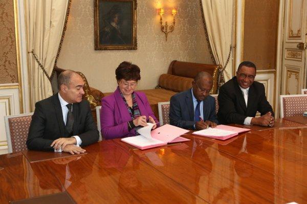 Comores - Première réunion du haut-conseil paritaire (Paris, 28-29 novembre)