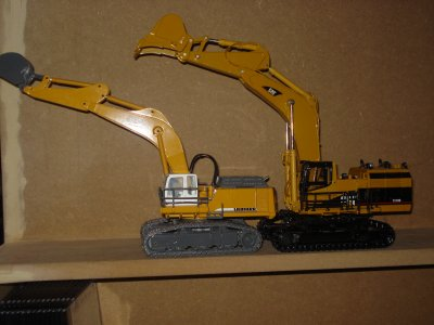 liebherr 984 vs caterpillar 5110B