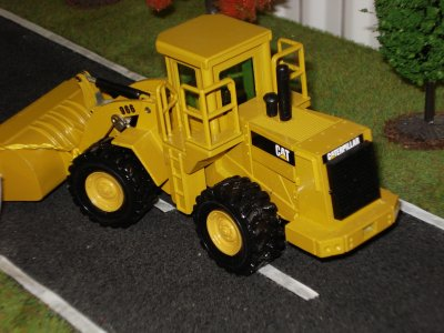 chargeur CAT 966 E