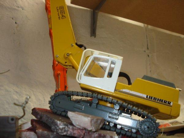 nouvelle arrivée liebherr R 954 B V bras démol avec cresher