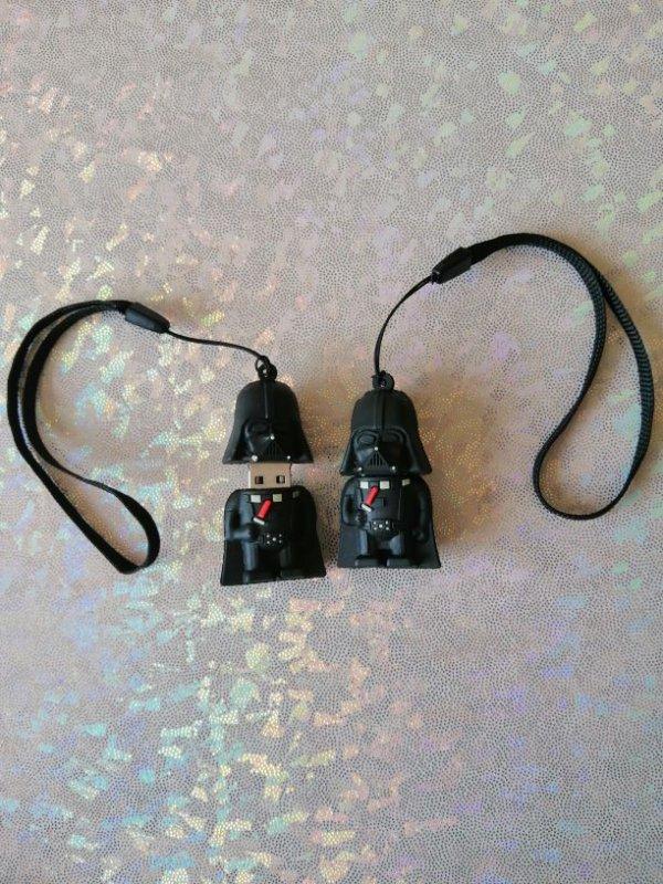 Mini Clé USB Star wars 16 GO