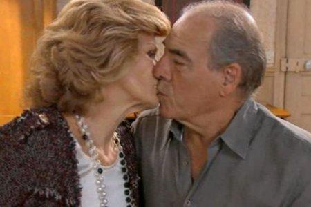 Cathy tente de gagner le coeur de Roland avec un nouveau stratagème