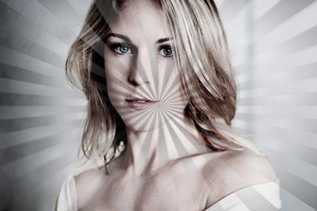 Aurélie Vaneck (Ninon de Plus belle la vie) dans Joséphine Ange Gardien