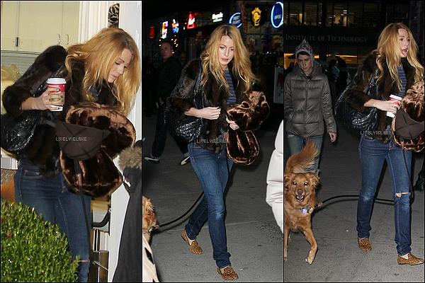 .     13/12/11 : Blake avec ses chaussures léopard et Baxter, le chien de Ryan arrivait sur le set de G.G. .
