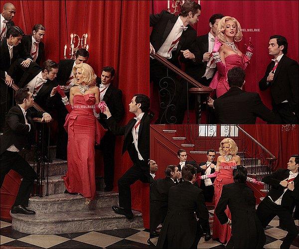 """.     De nouvelles photos de l'épisode 13 , intitulé """"G.G."""" , de Gossip Girl viennent de paraître!      Alors vous êtes plutôt Serena et Dan ou  Blair et Dan ? Une chose est sûre, Serena est vraiment ravissante dans sa robe rose  !     ."""