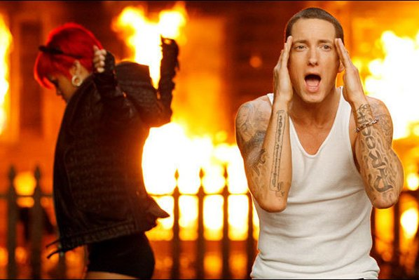 "Eminem et Rihanna ""Love The Way You Lie (Part 2)"""