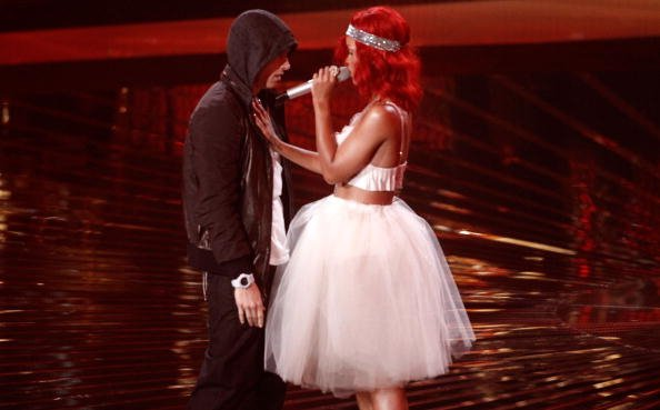 "Ecoutez Rihanna et Eminem ""Love The Way You Lie (Part 2)"""