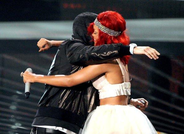 Eminem et Rihanna : n°1 des singles 2010 en Angleterre