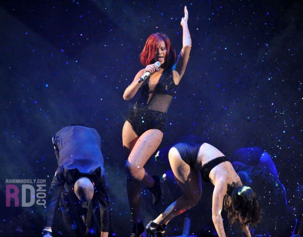 Brit Awards 2011: Medley
