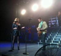 Demi Lovato : Nick Jonas, un duo sur sa tournée d'été !