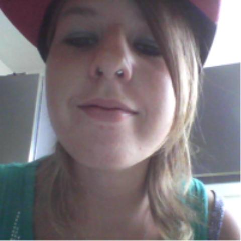 mon piercing :D
