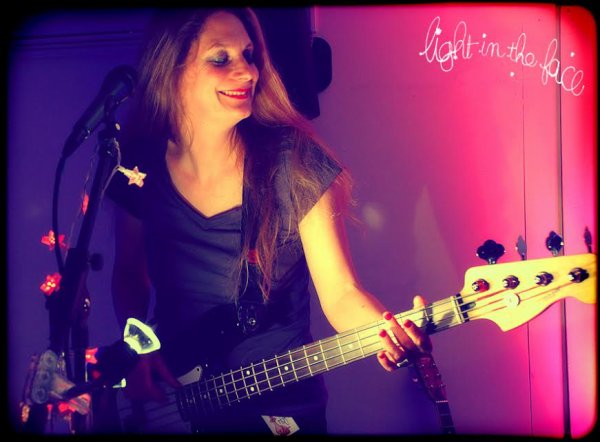 "Festval ""L'AUTOMNE AU BRIDGE"" / Light In The Face  - Scène Folk Pop Rock@Féminin - samedi 5 décembre  2014 à 21h00"