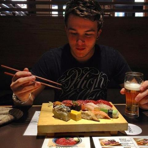 Josh au Japonais