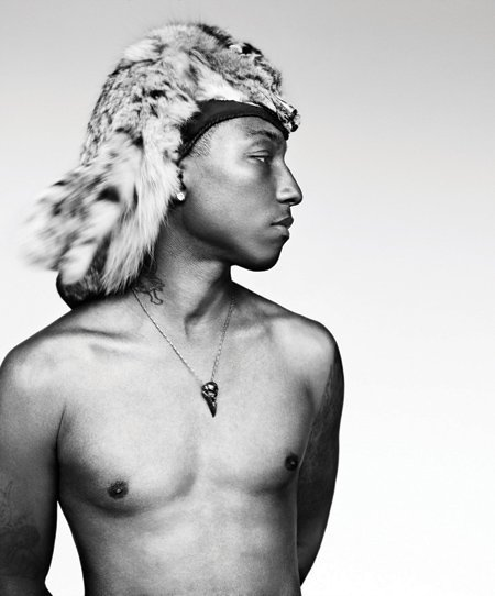 Pharrell Williams I LOVE HIM!!!!!!!!!