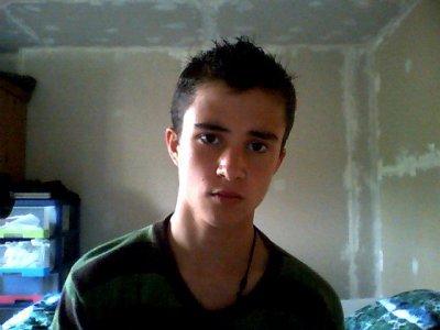 Quentin 17ans* Carvin Célibataire  › Maintenant Lycée Diderot