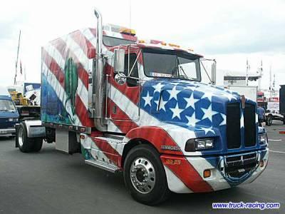 Camion drapeaux 2