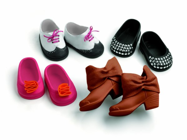 18 Inch Doll Shoes to Dress Your Dolls Feet!