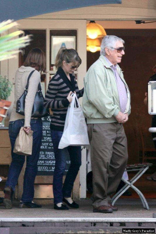 Ellen Pompéo à West Hollywood au Urth Caffe le 5 février
