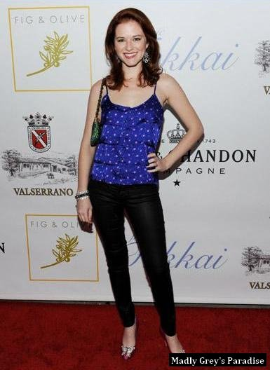 Sarah Drew au Fig & Olive Melrose Place Grand Opening Party le 3 mars