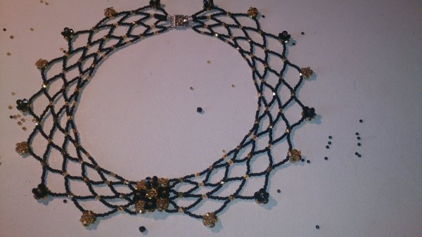 Collier jonquille