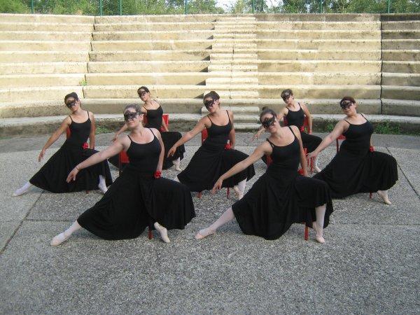 1 ) Photos Danses