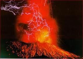 De ce Volcan en Eruption à la Renaissance de ce Phénix!