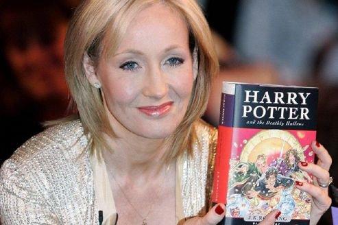 JK Rowling serait tentée de retoucher Harry Potter