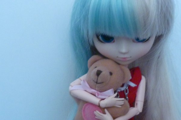 "Concour de SakuraHoshi "" thème Alice au pays merveille """